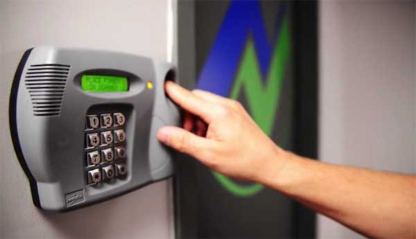 controllo biometrico antifurto